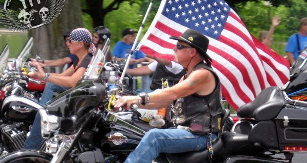 Rolling Thunder Motorcycle Rally Riders
