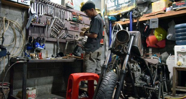 Motorcycle Builder K-Kustom Indonesia Garage