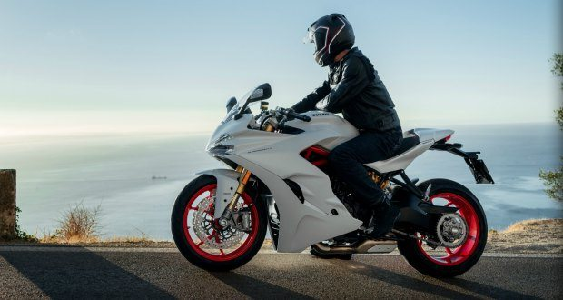 2017 Ducati SuperSport S Review