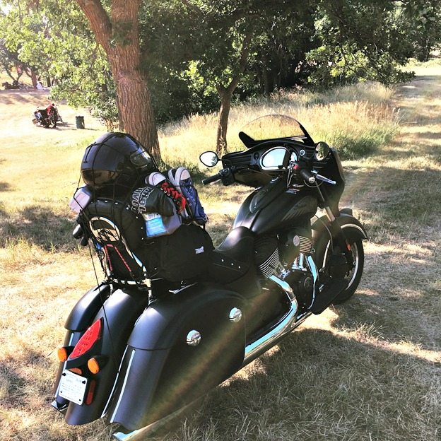 2017 Indian Chieftain Dark Horse all packed up