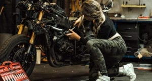 5 Online Dating Dos and Donts for Bikers