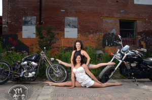 Contorionist @Gabby_DB Doing Splits Two Motorcycles