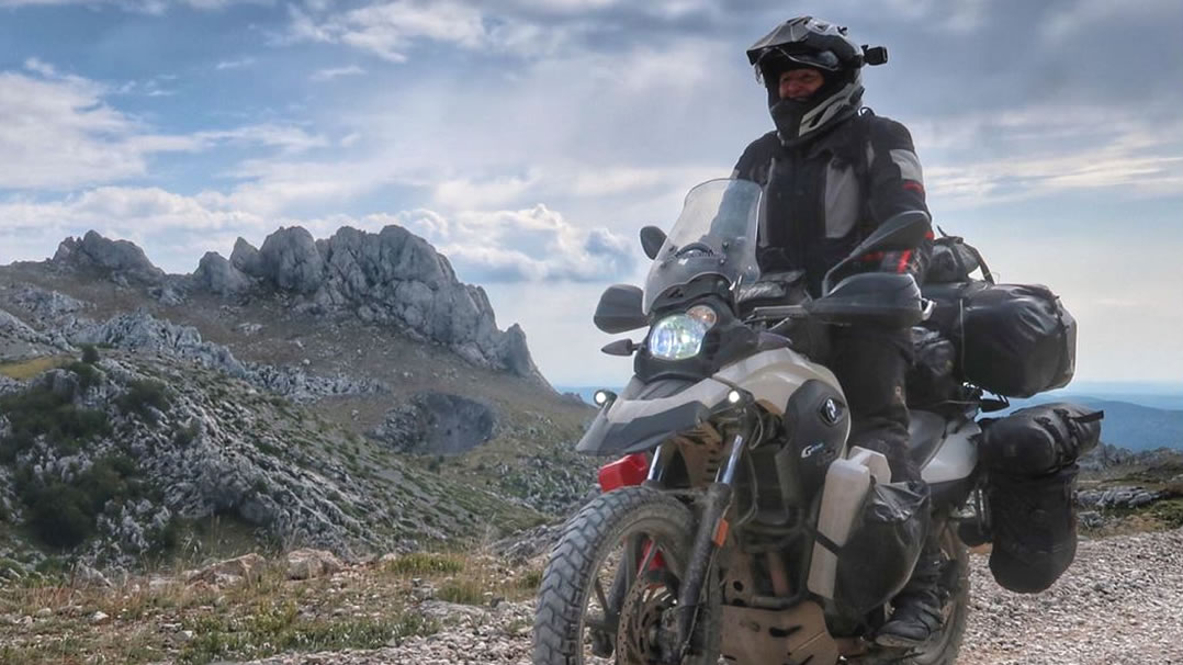 G650GS review - fully loaded with touring gear