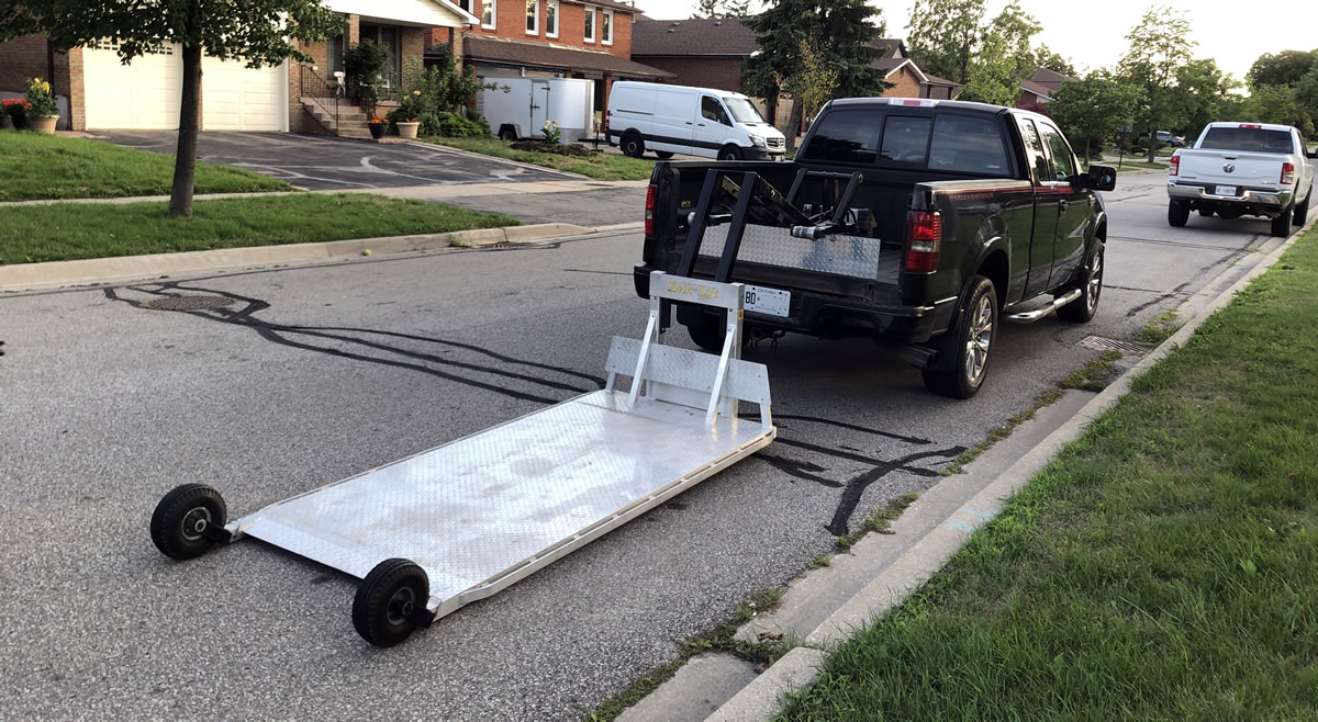 Get a motorcycle towed in Toronto