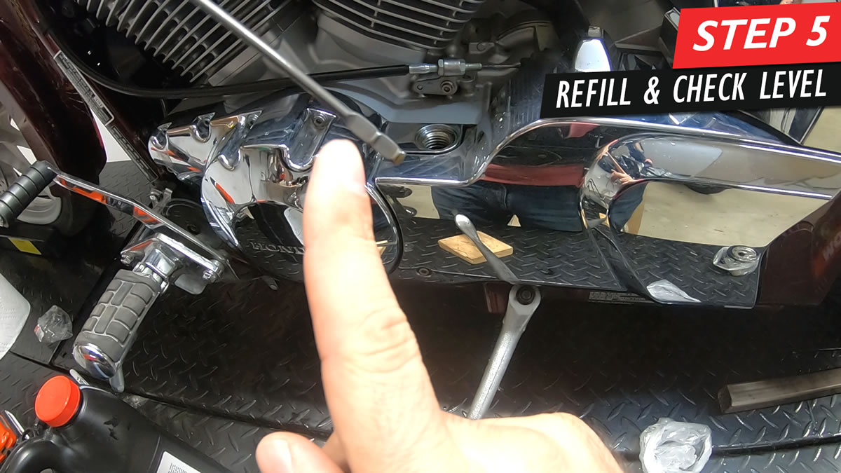 Honda Fury oil and filter change - Step 5 - Refill oil and check level