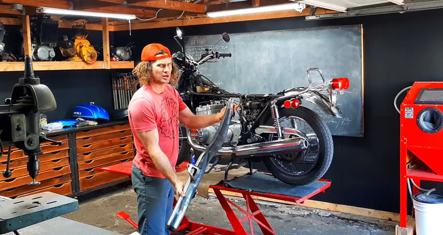 Motorcycle Restoration Tips - Casey