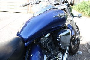 Suzuki Boulevard gas tank sticker removed