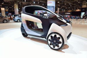 Toyota i-Road side