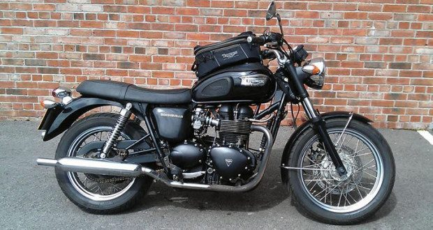 Marvelous Kevins 2004 Triumph Bonneville Review Youmotorcycle Spiritservingveterans Wood Chair Design Ideas Spiritservingveteransorg