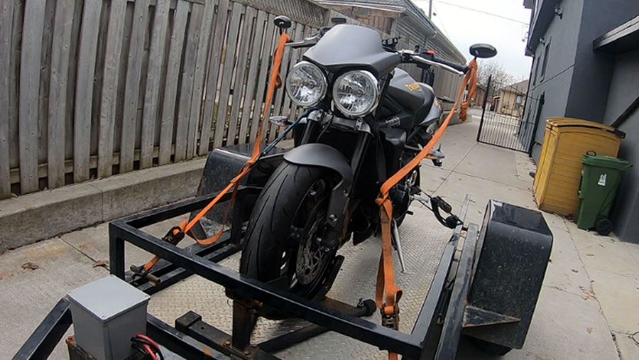 how to tow a triumph street triple - step 5
